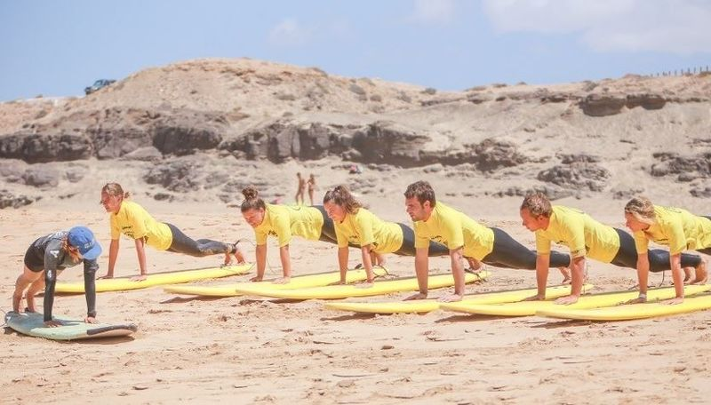 surf-camp-lanzarote
