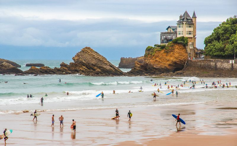surfing-in-france-biarritz