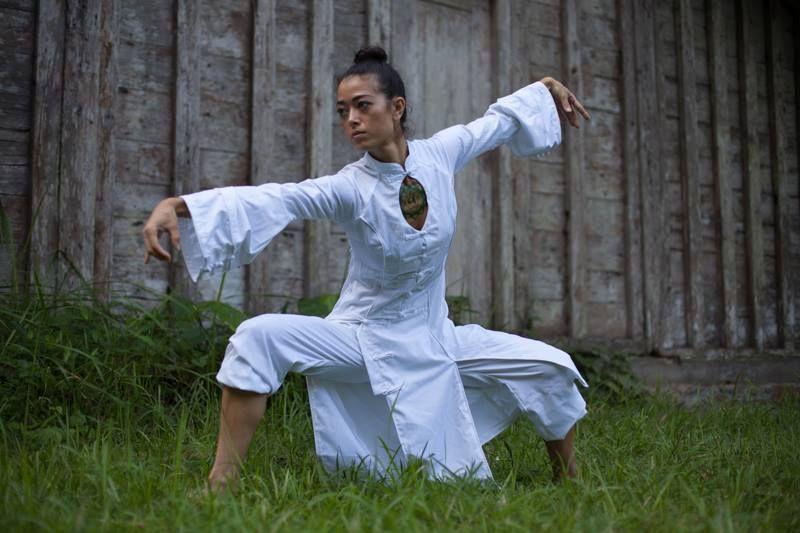 woman practising qigong