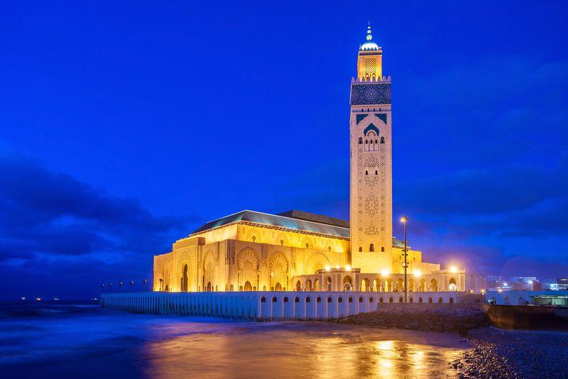 casablanca mosque in the evening