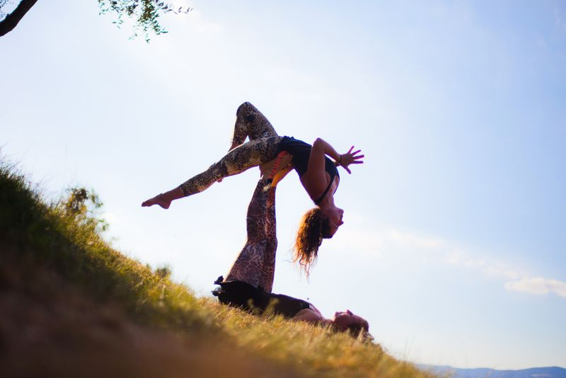 what-is-acro-yoga