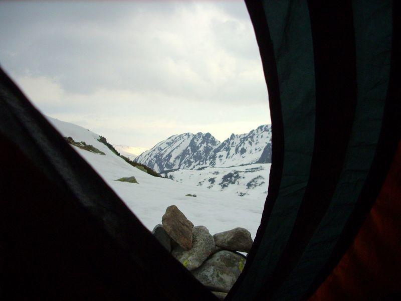 snow-camping