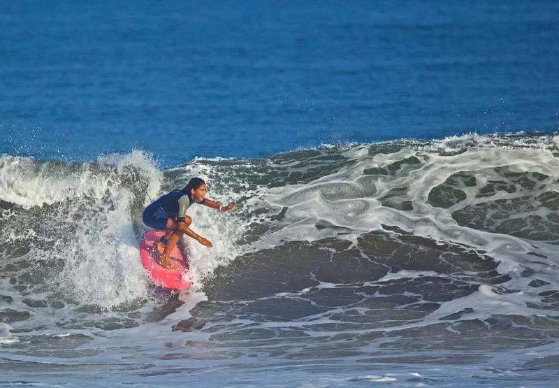 surfing-mancora-peru