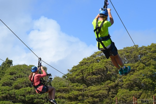 romantic culinary activity : ziplining
