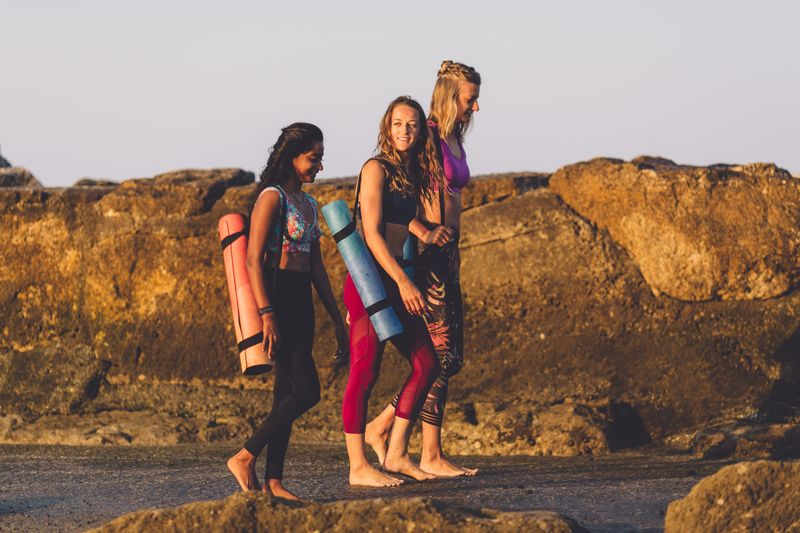 surf-yoga-camp
