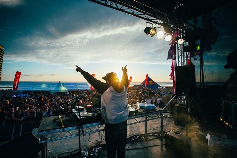 electric-beach-festival-newquay