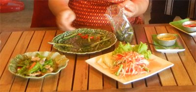 culinary holiday pictures - by Maria Lorna Rivera at Bangkok Thai Cooking Academy food papaya salad