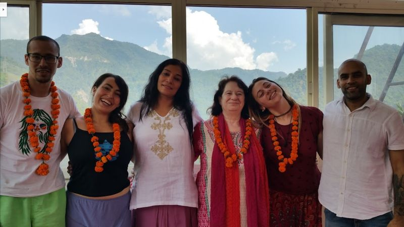 ayurveda yoga retreat in rishikesh india