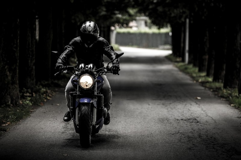 5 Must-Have Motorcycle Accessories for a Safe Ride