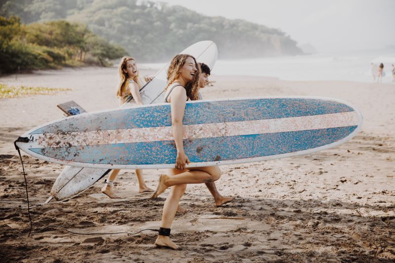 what-is-a-surf-yoga-retreat