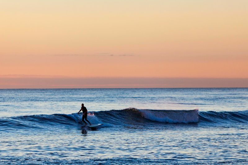 surfing-australia-cottesloe-beach