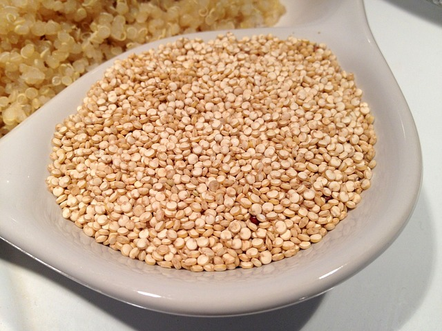 Foods that all Yogis & Non-Yogis Should Eat: Quinoa