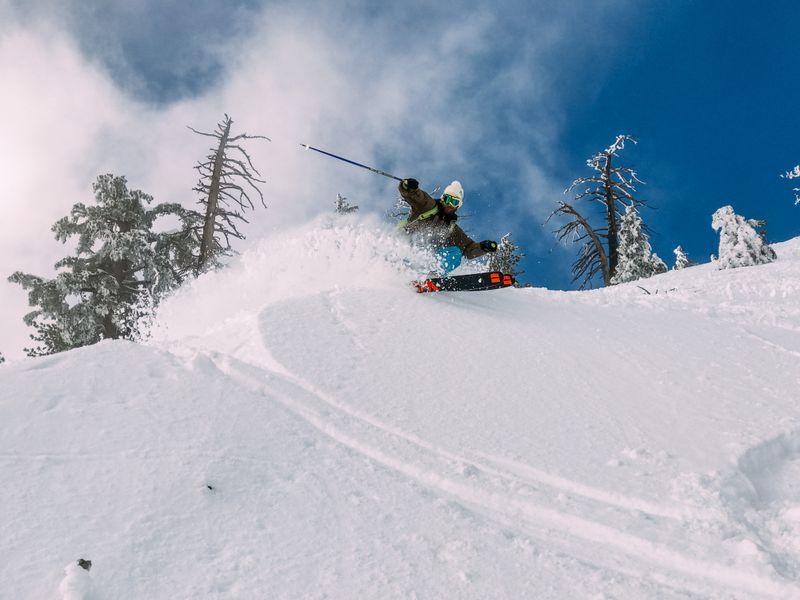 ski-mount-baldy-usa