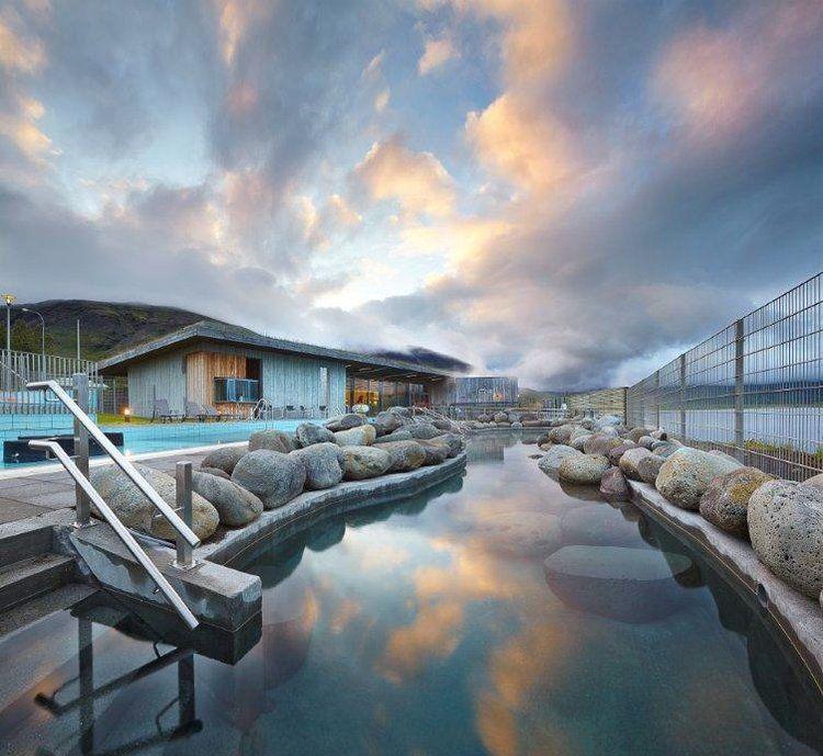 luxury yoga retreat in iceland