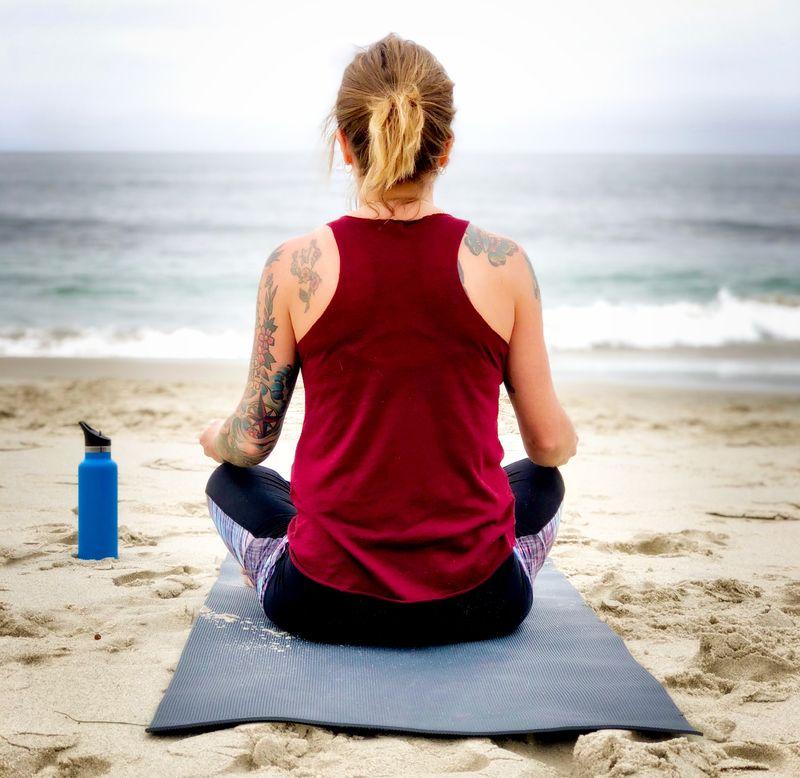 yoga-poses-surfers
