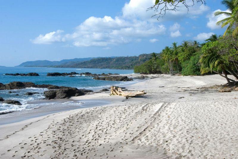 montemuza beach in costa rica