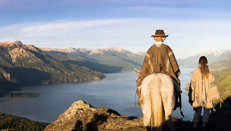 horse-riding-nahuel-huapi-northern-patagonia-argentina