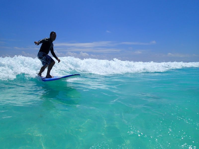 surfing-cancun-mexico