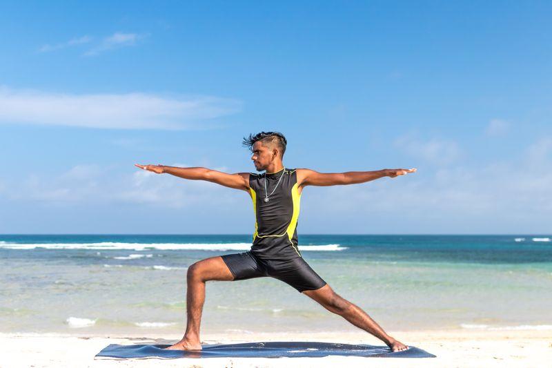yoga-surfers-warrior-pose