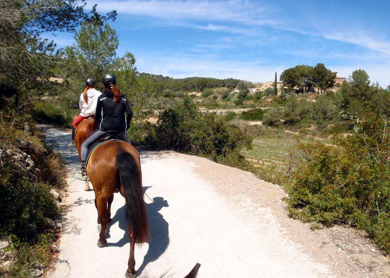 horse-riding-catalonia