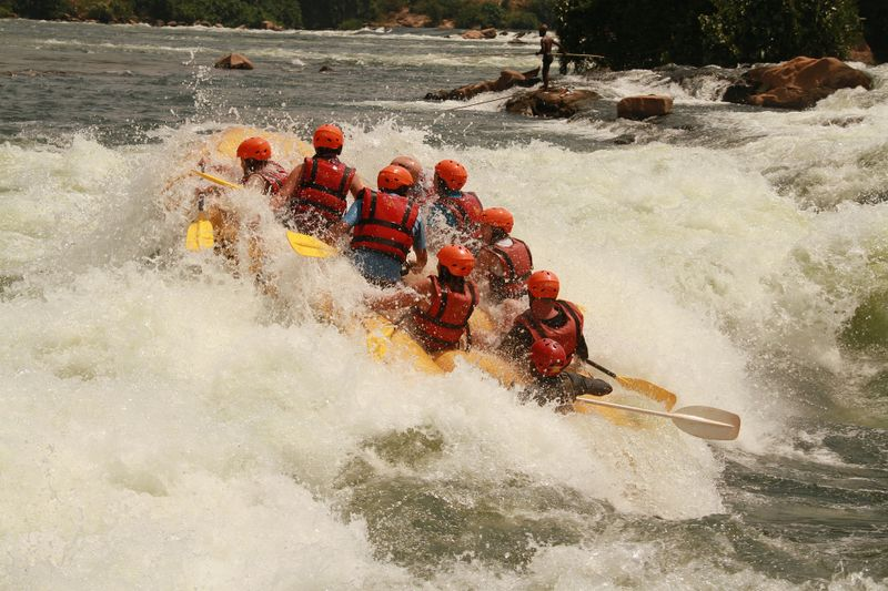white-water-rafting-nile-uganda