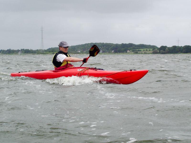try-kayak-surfing