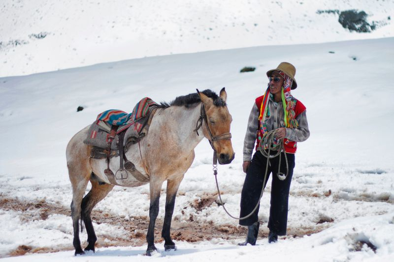 horse-riding-andes-peru