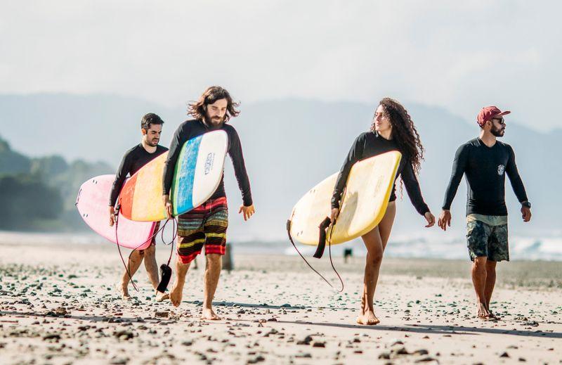 surfing-santa-teresa-costa-rica