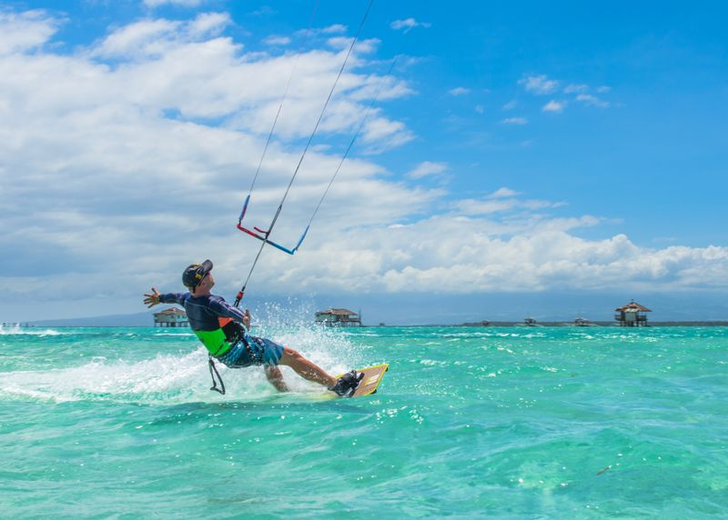 kitesurfing-holidays