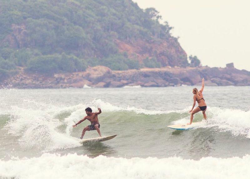 surf-unawatuna-sri-lanka