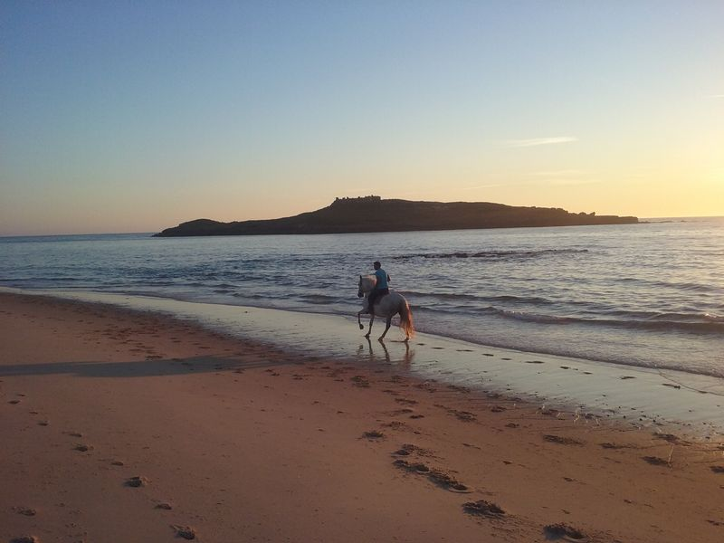 horse-riding-atlantic-coast-portugal