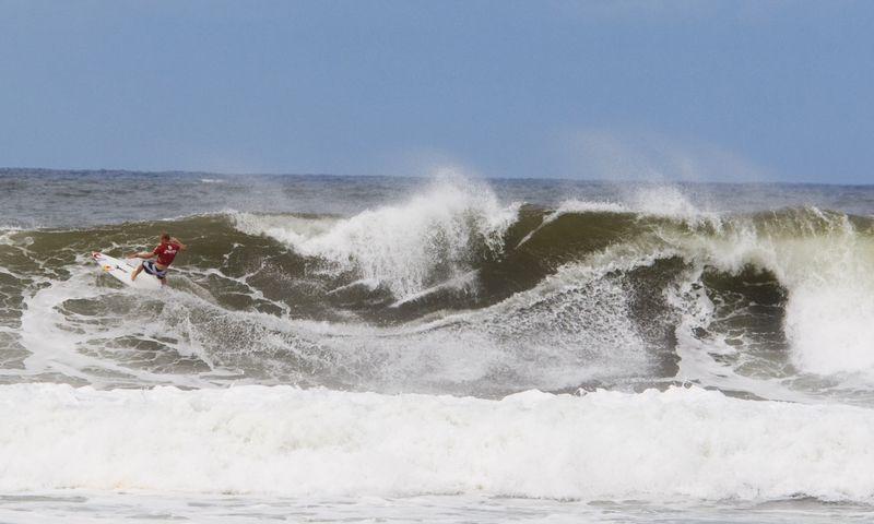 surf-haleiwa-oahu