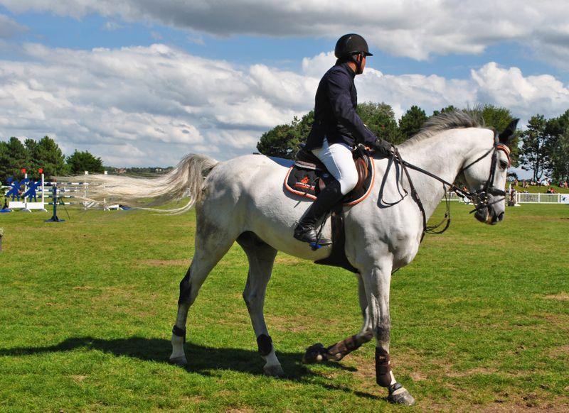 horse-riding-posture