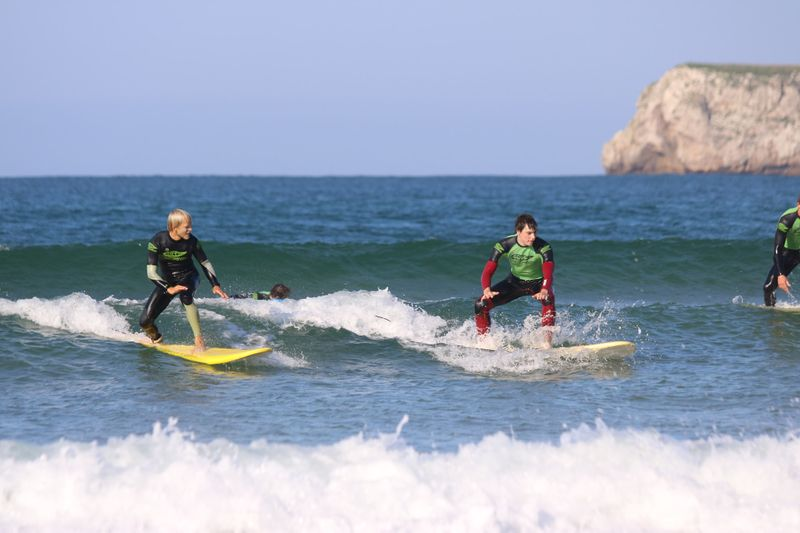surf-lessons-cantabria