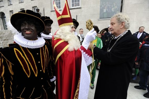 zwarte piet with sinterklaas dutch tradition