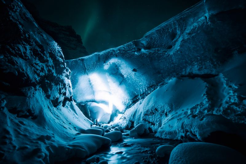 Gigjökull-Eyjafjallajökull-Glacier-Iceland