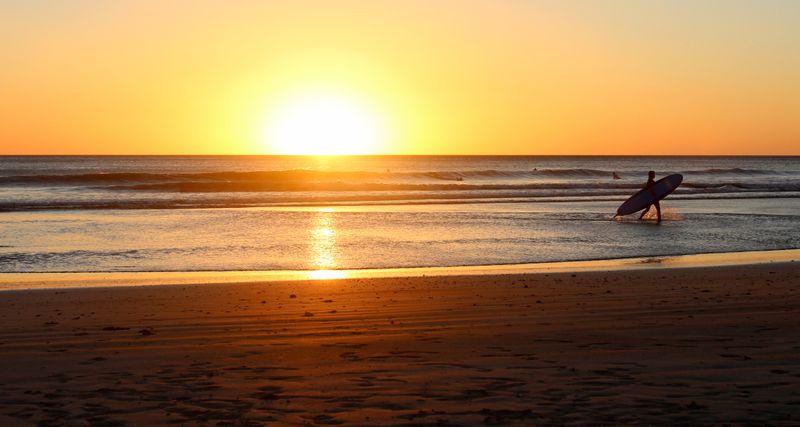 surfing-san-juan-del-sur-nicaragua