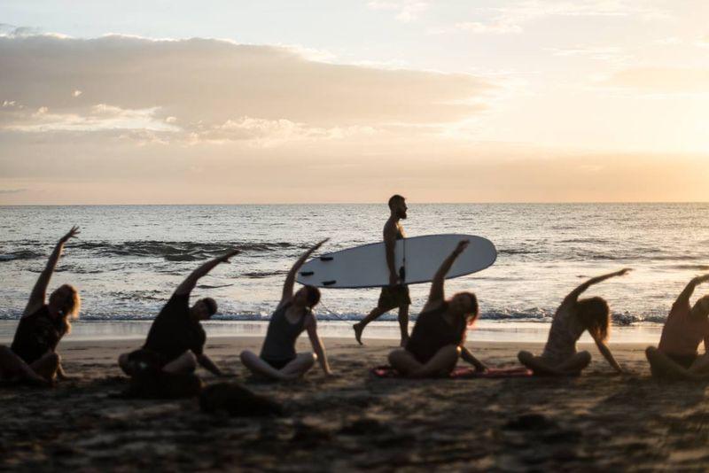 yoga-surf-costa-rica
