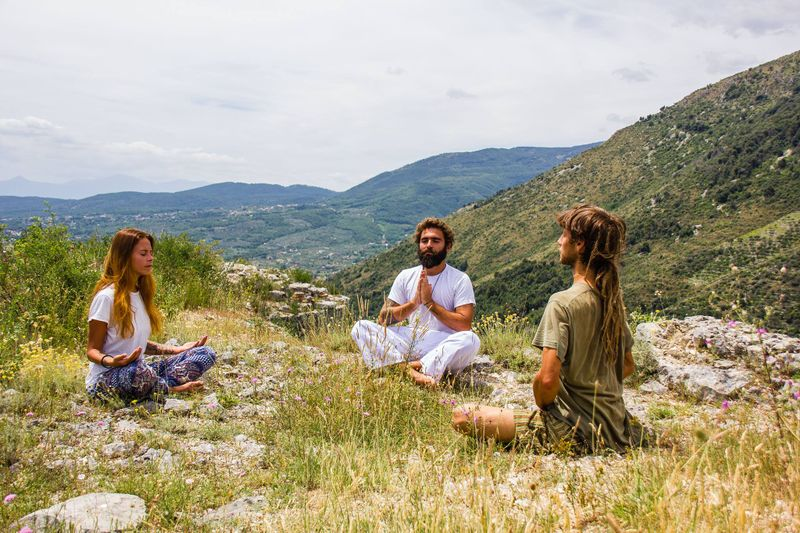 italy farm stay yoga retreat