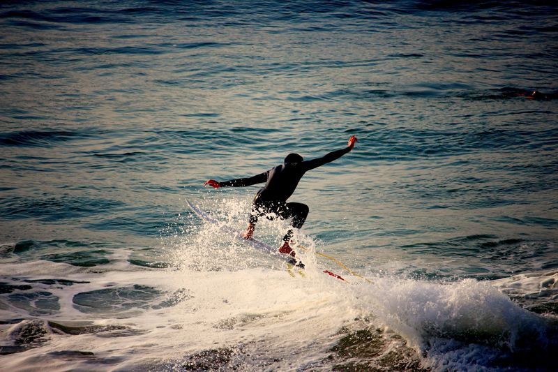 surfing-biarritz-france