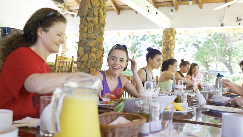 yoga retreat meals