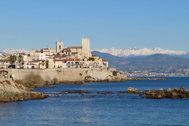 antibes-french-riviera