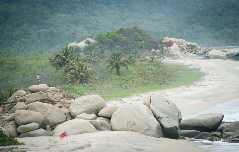 Tayrona-colombia-Playa-Arrecifes