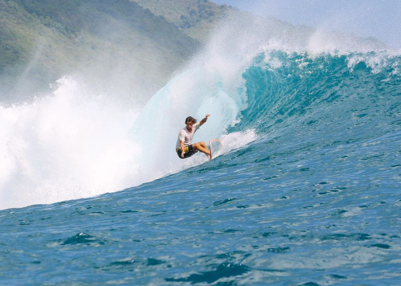 surf-lombok-indonesia