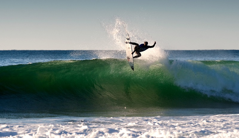 surf-jeffreys-bay
