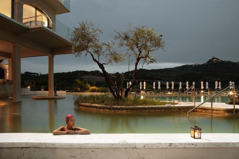 luxury yoga retreat in italy