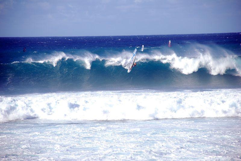 windsurfing-hookipa-maui-hawaii