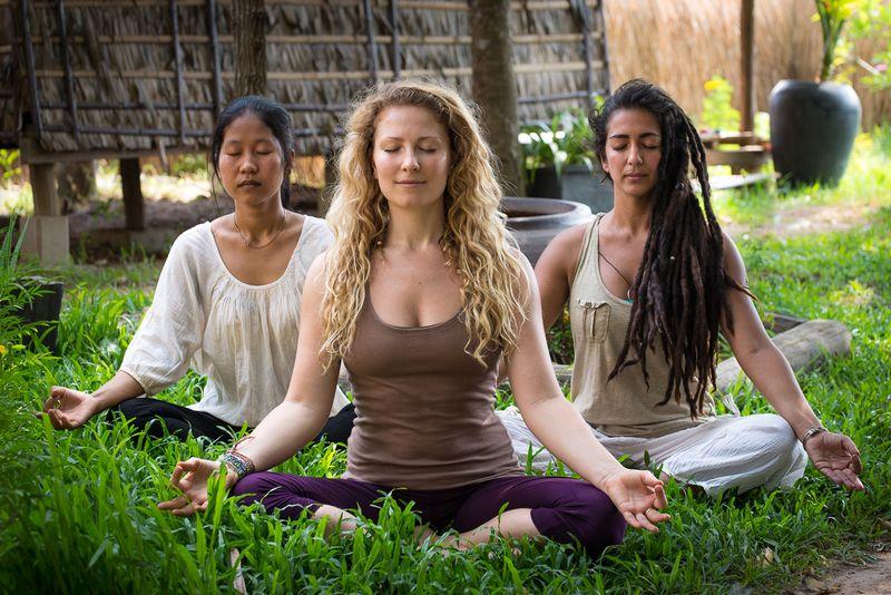 siem reap yoga holiday