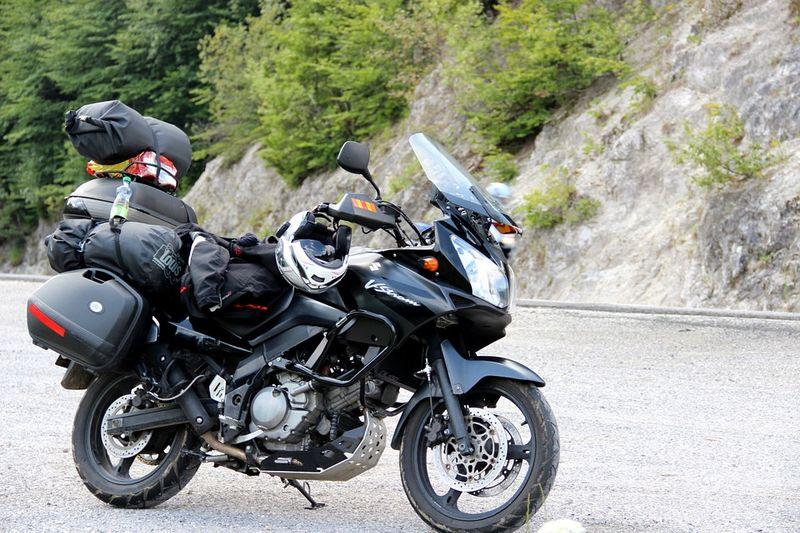 packing-motorcycle-road-trip