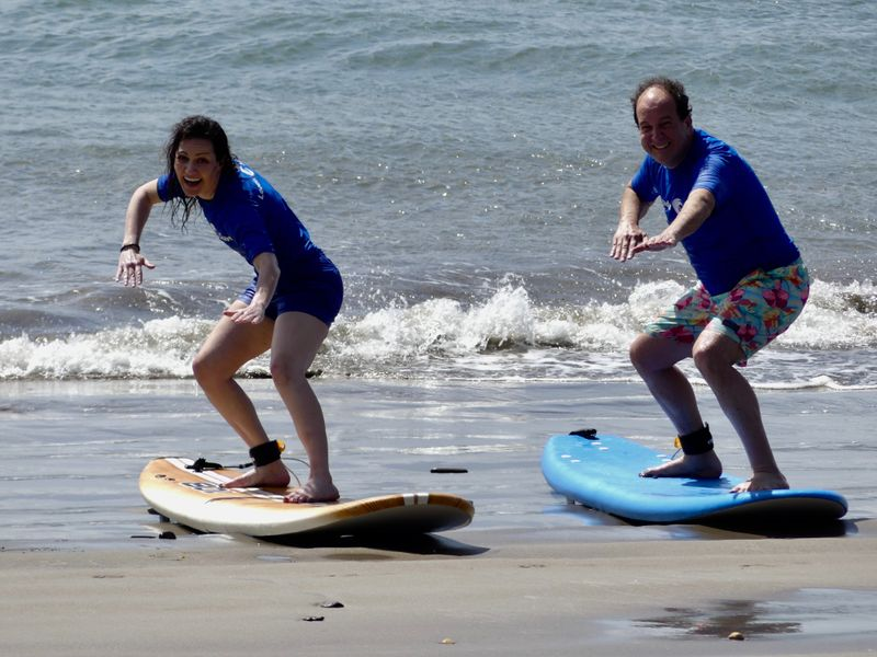 surf-camp-leadership-skills